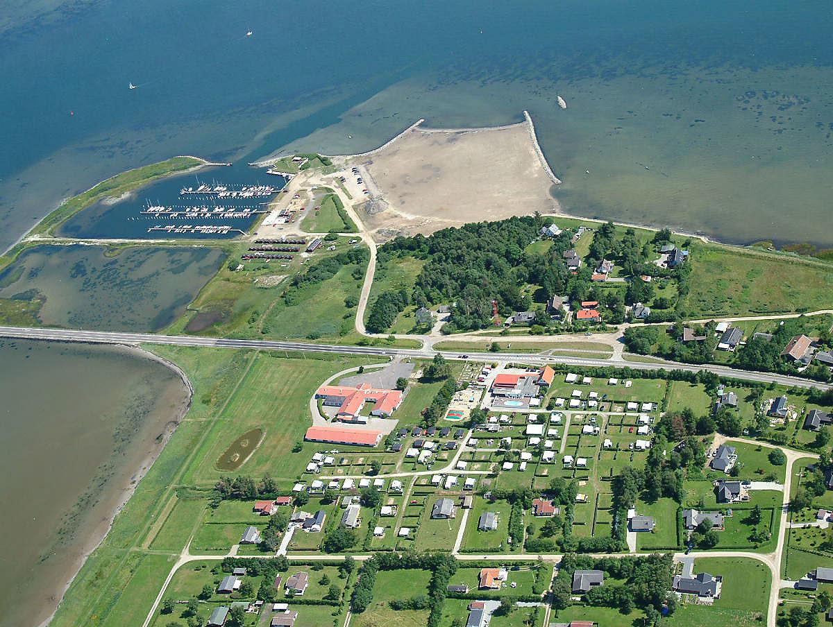 Thumb luftfoto med campingpladsen   egense strand